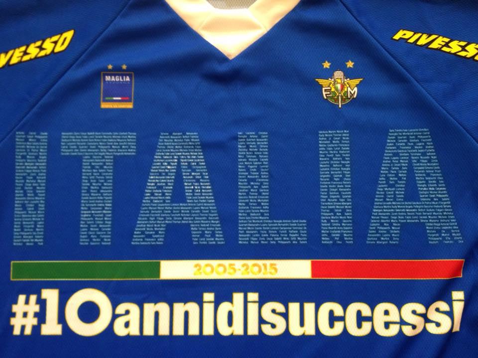 Scritta Italia Maglia Azzurra